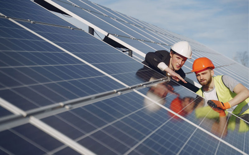 Cum se instalează un montaj pe panou solar
