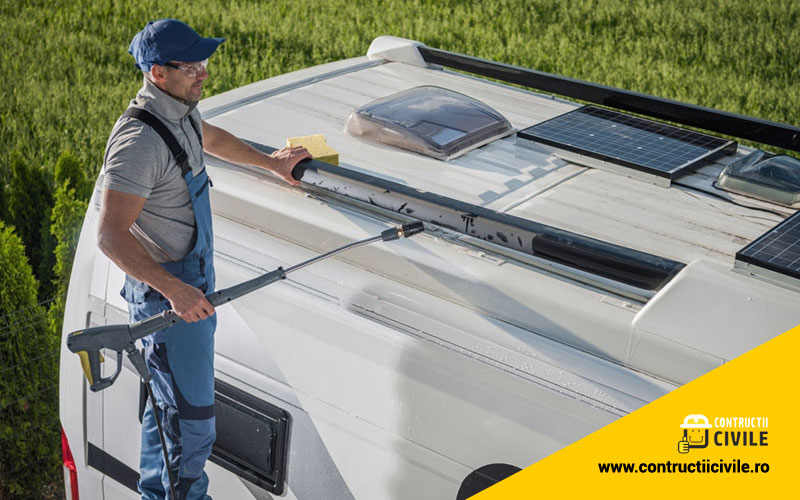 How to repair the roof of a mobile home